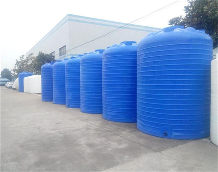 泳池储水箱规格