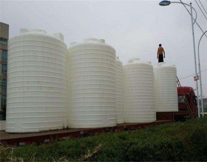 纯水蓄水箱联系方式